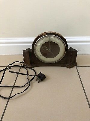 Vintage Electric Mantle Clock. In Need Of Some Love