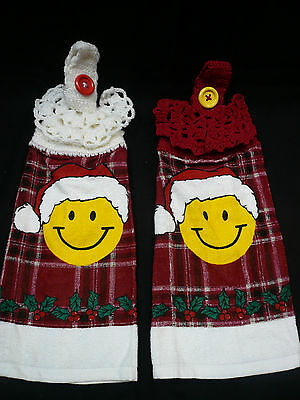 2 Smiley Face Hanging Kitchen Hand Fingertip Towel Santa Claus Crocheted Top Lot