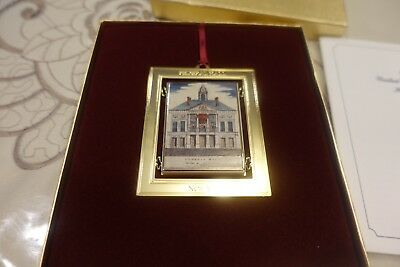 """1998 """"federal Hall"""" New York United States Congressional Holiday Ornament"""