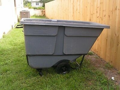 Tilt Trucks, Rubbermaid, Grey, 1 Cubic Yard, 1000 Lbs Capacity