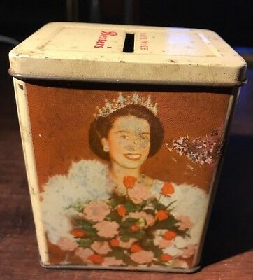 Bester's Sweets 1950's Queen Elizabeth || and Prince Charles Money 💰 Box