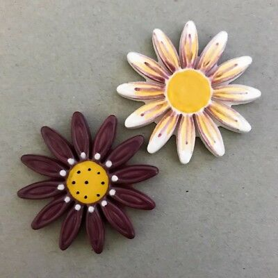40mm CERAMIC DAISIES FLOWERS - x2 - Maroon White ~ Mosaic Inserts, Art, Craft...