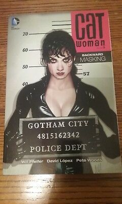 Catwoman volume 5, tpb, 51 comic cover, Adam Hughes, Lost homage, DC