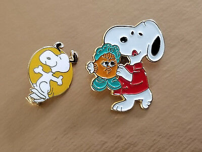 Pair Of (  2 ) Two Snoopy Pins.