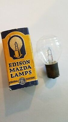 Vintage General Electric Edison Mazda 1129 Automobile Vehicle Light Bulb NOS