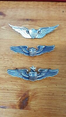 Set of 3 military wings in silver color.good condition. Age unknown.
