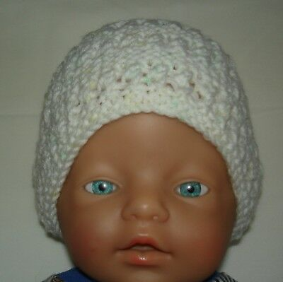 Hand Knitted Baby Hat for Newborn Baby to 3 months approx.