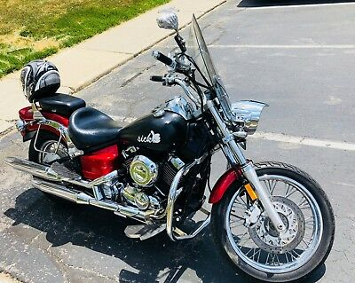 2007 Yamaha V Star  2007 Yamaha XVS650 V-Star Custom Cruiser Motorcycles