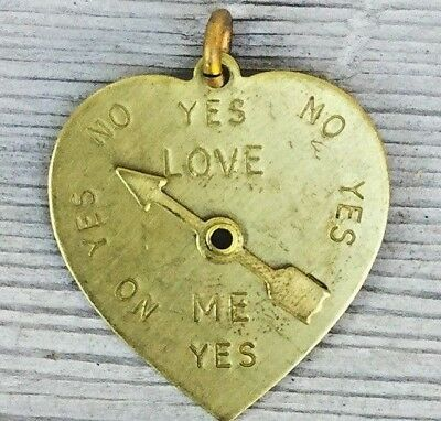 Gold Heart Pendant Spinning arrow Movable charm vtg Love Me Love me not Romantic