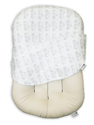 Snuggle Me Organic Original Co-Sleeping Baby Bed Infant Dreams on Parade Animals