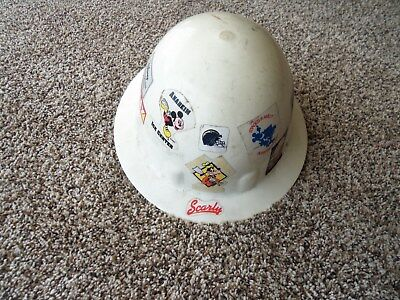 disney  45 year cast member hard hat   disneyland, disney development co.