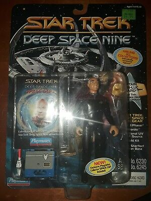 Star Trek Captain Jean-Luc Picard in Deep Space 9 Uniform playmates 1994 figure
