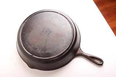 Vintage Cast Iron 3 Notch Lodge #10 12 inch Skillet  Made in USA 10 SK D
