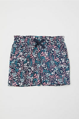 H M Girls Shorts w/ Small Flowers Multi-Colored and Front Pockets Size 6 6X 7 8