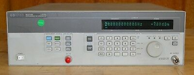 HP Agilent 83711B CW Synthesized Signal Generator 1-20GHz, opt 1E5, GOOD