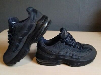 huge selection of 7cc83 c418c Boys Nike Air Max 95 Trainers Size UK 11 Kids