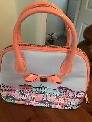Great Ladies Ted Baker Large Wash/cosmetic Bag With Peach Bow