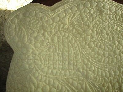 "Elsa C. Quilted ""trapunto"" Yellow French Country King Quilt Scalloped Edges"