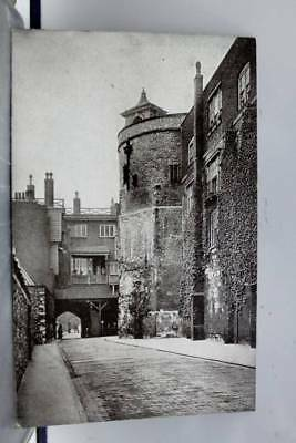 United Kingdom England Tower of London Byward Outer Ward Postcard Old Vintage PC