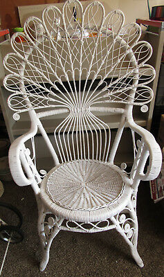 Vintage White Wicker Pea Fan High Back Chair Pick Up Only Chicago Area