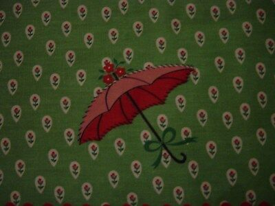 Vtg 1950 Cotton BORDER Fabric Pink Red French PARASOL on Green w Dainty Rosebud