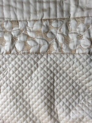 large double bed throw, light gold free pillowcases and cushion