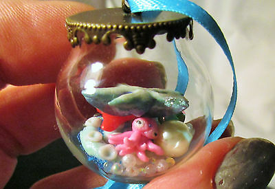 GLASS BEACH BALL Ornament filled with Sea Life gems Pink Squid Blue Starfish