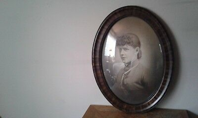 Vintage Antique Oval Ornate Tiger Striped Wood Frame Bubble Glass Lady Picture