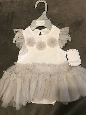 InFant Girls White And Gray Lace Frilly Dress NWT 0-3 Months Kyle & Deena