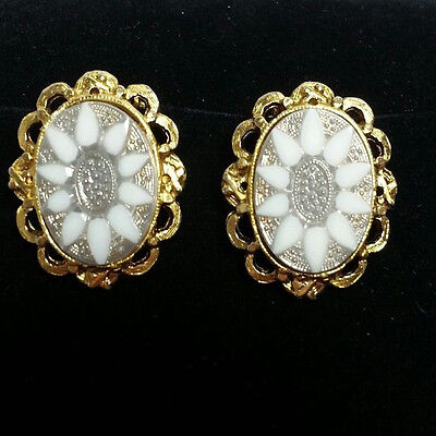 Vintage Faux Mother of Pearl White Floral Clip On Earrings Silver/Gold Tone