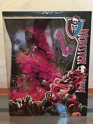Monster High NIB/NRFB Catty Noir Exclusive Friday The 13th Doll 2013 Katy Perry?