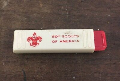 Vintage 1970's Boy Scout Pocket Travel Toothbrush Boy Scouts of America
