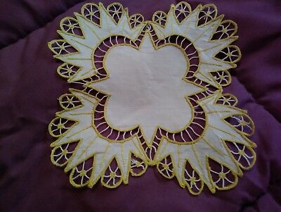 """Gorgeous Silk Society Embroidered 6"""" Linen Doiley"""