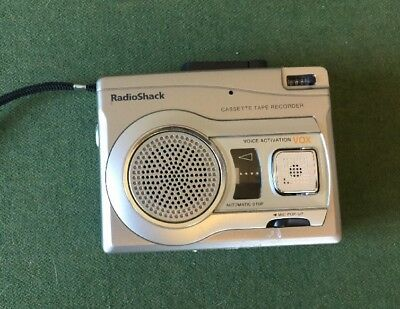 Radio Shack CTR-122 Handheld Cassette Player Voice Activated Recorder Pre-owned