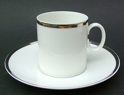 TWO Thomas Medallion 4mm Wide Platinum Band 798 2x Coffee Cups & Saucers in VGC