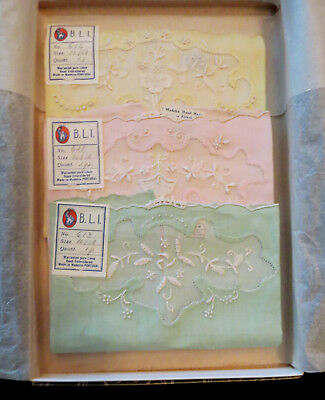 Vintage Handkerchiefs Maderia Hand Made Lace & Linen Orig Tags & Hutzler's Box