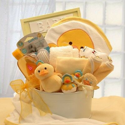 Baby Bath Gift Set Duckling-Themed Includes Shampoo-And-Bath Accessories