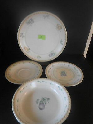 Oneida Stoneware 4 Piece set A Dinner & Salad Plate Saucer &  Soup or Pasta Bowl