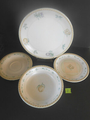 Oneida Stoneware 4 Piece set B Dinner & Salad Plate Saucer &  Soup or Pasta Bowl