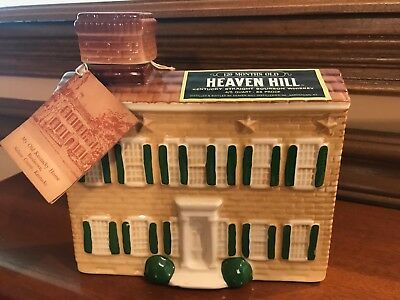Heaven Hill Bourbon Whiskey 1969 My Old Kentucky Home Decanter Bottle W/label