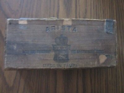 Arista antique wood cigar box little cigars 5 for 5 cents