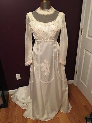 Vintage Wedding Dress Womens Size 4 6 Ivory Beaded Lace Detail