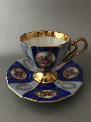 Vtg Royal Vienna Fragonard Love Story Gold & Blue Porcelain Cup & Saucer Set