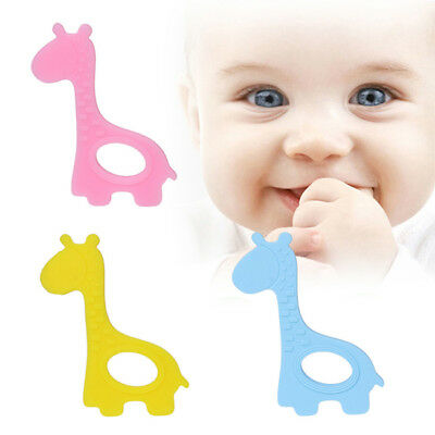 Cute Baby Giraffe Pendant Silicone Teething Teether Necklace Chewable Toy 8C