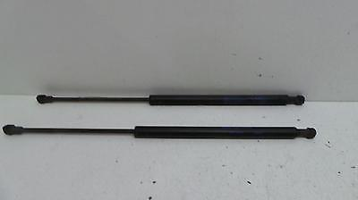 2007 Discovery 3 Pair Of Genuine Tailgate Struts Gas Shocks  BHE780012