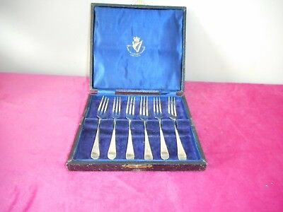 Vintage silver plated boxed set of dessert forks