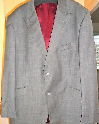 Samuel Windsor  -  Very Nice Quality 100% Pure New Wool Light Weight Grey Suit