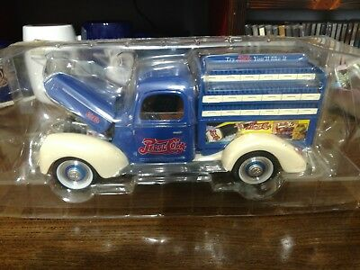 NIP 1940 Ford Pepsi Cola Delivery Truck 1:18 Scale