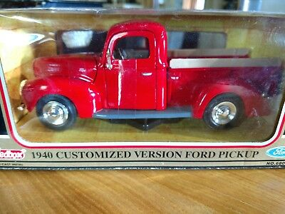 NIP 1940 FORD Pick Up Truck Customized 1:24 Scale Red by Redbox