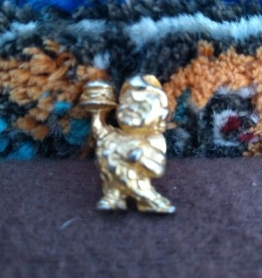 Vintage Bob's Big Boy Restaurant Gold Tone Tie Tac Lapel Pin Advertising
